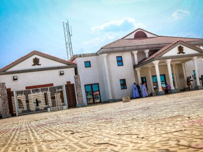 Oba Of Benin Royal Palace - Historical Buildings In Nigeria