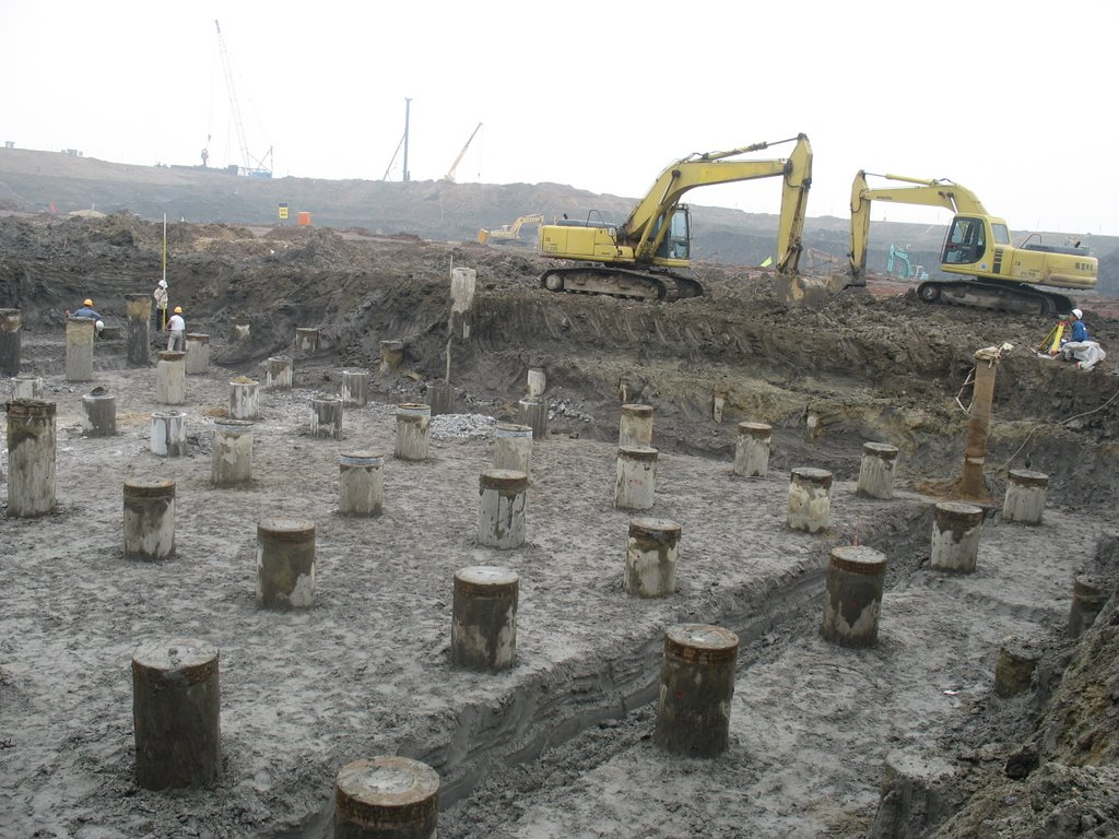 Eazyhomes company the right foundation for your building for Foundation pilings